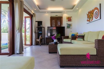 Baan-Tawan-Chai-Beachfront-Villa-Samui-Living-Room