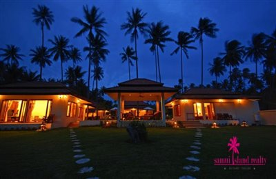 Baan-Tawan-Chai-Beachfront-Villa-Samui-Exterior-Night