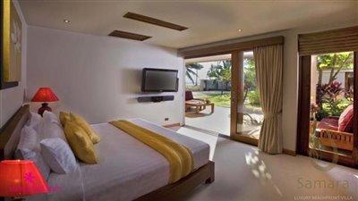 villa-samara-beachfront-villa-koh-samui-guest-bedroom-2