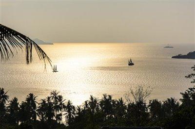 Contemporary-Luxury-Sea-View-Villa-Ko-Samui-Evening-View
