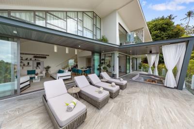 Stunning-Sea-View-Villas-Ko-Samui-Sun-Loungers-1