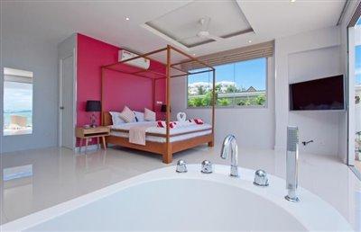 Contemporary-Luxury-Living-Ko-Samui-Bathtub