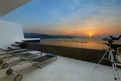 modern-luxury-living-ko-samui-sunset
