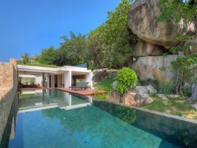 Choeng Mon, Villa