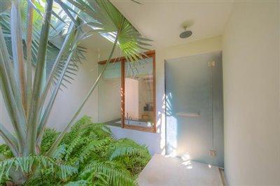 Samujana-Ko-Samui-Villa-11A-Bathroom