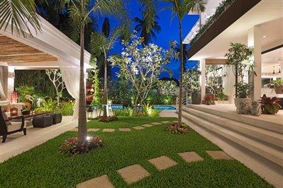 Beachside-Pool-Villa-For-Sale-Koh-Samui-Garden-Night