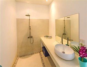 South-Coast-Beach-Villa-Ko-Samui-Shower
