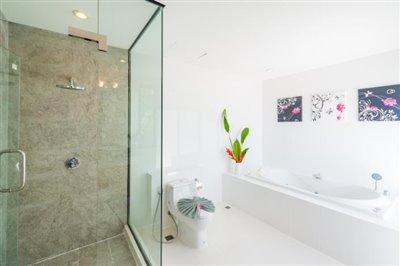 White-Stone-Villa-Ko-Samui-Shower