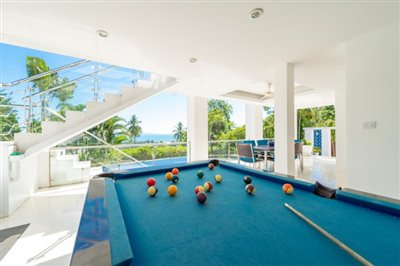 White-Stone-Villa-Ko-Samui-Pool-Table