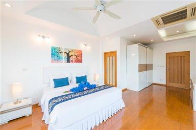 White-Stone-Villa-Ko-Samui-Bedroom