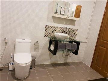 Choeng-Mon-Luxury-Townhouse-Ko-Samui-Bathroom