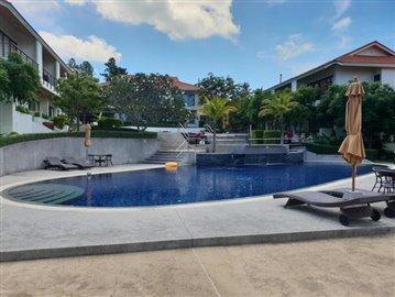 Choeng-Mon-Luxury-Townhouse-Ko-Samui-Pool