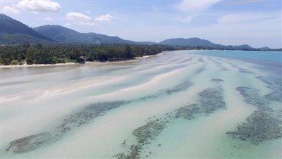 Absolute-Beachfront-Villa-For-Sale-Ko-Samui-Lipa-Noi-Coast
