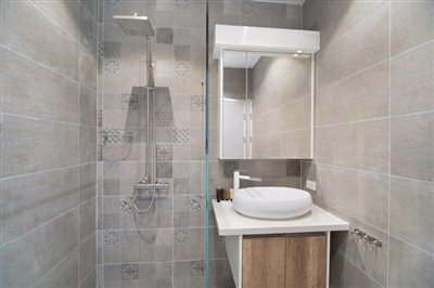 Unique-Pool-Villa-For-Sale-Ko-Samui-Bathroom