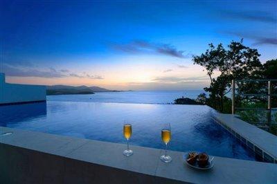 Unique-Pool-Villa-For-Sale-Ko-Samui-Night