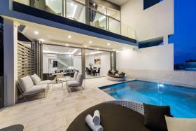 Image No.5-Maison / Villa de 4 chambres à vendre à Choeng Mon