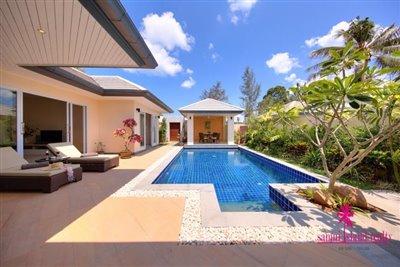 lipa-noi-private-pool-villa-for-sale-koh-samui-swimming-pool