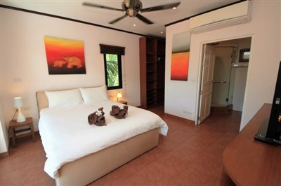 Villa-Palm-Beachside-Residence-Ko-Samui-Bedroom-1