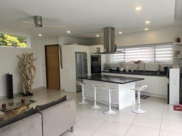 Chaweng-Hills-Villa-For-Sale-Kitchen