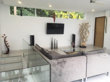 Chaweng-Hills-Villa-For-Sale-Lounge