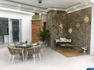 Chaweng-Hills-Villa-For-Sale-Outdoor-Seating