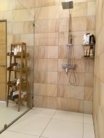 Chaweng-Hills-Villa-For-Sale-Shower