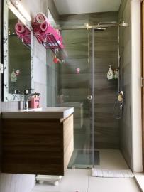 Chaweng-Hills-Villa-For-Sale-Shower-2