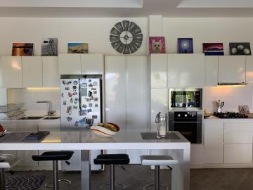 South-Coast-Sea-View-Property-Kitchen