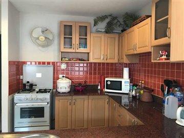 Private-Garden-Villa-For-Sale-In-Bang-Rak-Samui-Kitchen-Equipped