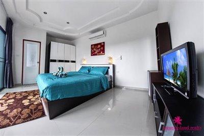 samui-bophut-sea-view-villa-for-sale-bedroom-2