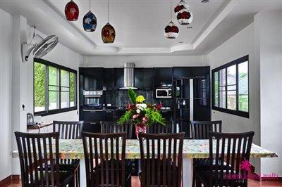 samui-bophut-sea-view-villa-for-sale-dining-kitchen
