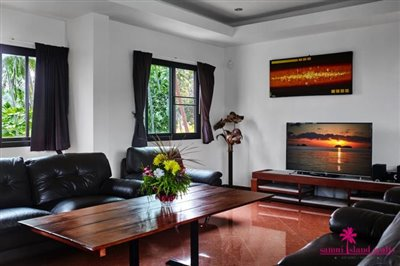 samui-bophut-sea-view-villa-for-sale-living-area