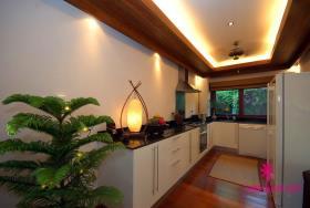 Image No.4-Maison / Villa de 4 chambres à vendre à Hua Thanon