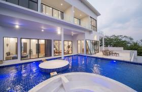 Image No.0-Maison / Villa de 5 chambres à vendre à Plai Laem