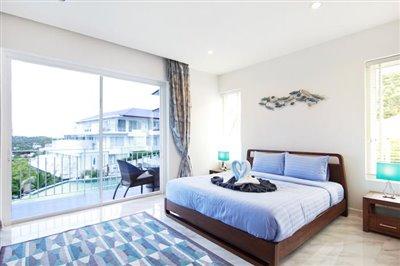 Freehold-Condo-Apartment-Ko-Samui-Bedroom-2