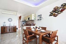 Image No.3-Condo de 2 chambres à vendre à Plai Laem