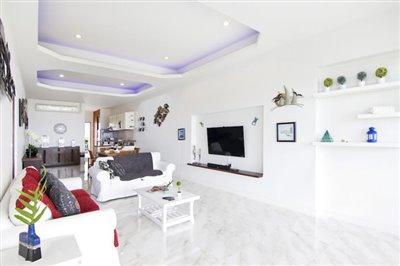 Freehold-Condo-Apartment-Ko-Samui-Open-Plan-Living