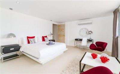 Sunset-Cove-Villa-Ko-Samui-Spacious-Bedroom