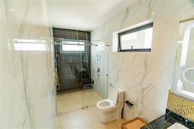 Modern-Villa-On-Chaweng-Hills-For-Sale-Bathroom