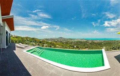 Modern-Villa-On-Chaweng-Hills-For-Sale-Infinity-Pool