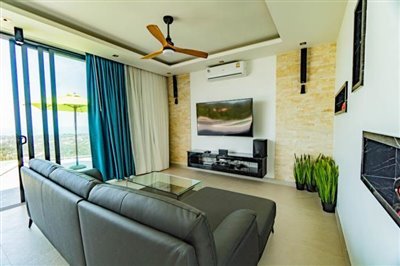 Modern-Villa-On-Chaweng-Hills-For-Sale-Lounge