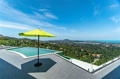 Modern-Villa-On-Chaweng-Hills-For-Sale-Pool-Terrace