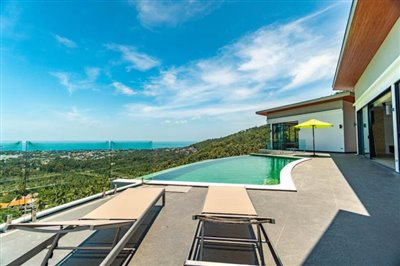Modern-Villa-On-Chaweng-Hills-For-Sale-Sun-Loungers