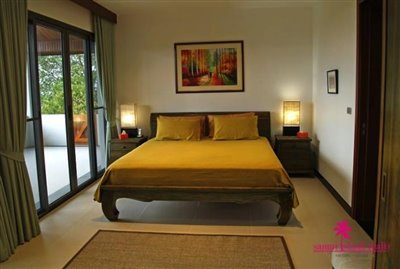 koh-samui-6-bedroom-sea-view-villa-for-sale-bedroom