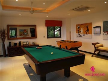 koh-samui-6-bedroom-sea-view-villa-for-sale-games-room