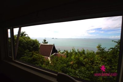 InterContinental-Villa-For-Sale-At-Koh-Samui-Bedroom-View