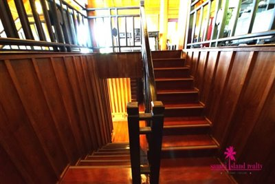InterContinental-Villa-For-Sale-At-Koh-Samui-Stairs