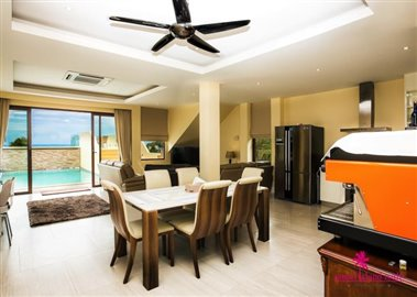 chaweng-hills-villa-for-sale-koh-samui-open-plan-living