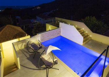 Chaweng-Hills-Villa-For-Sale-Koh-Samui-Pool-Terace-Night