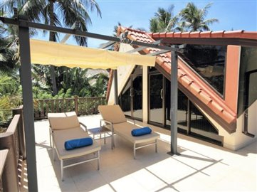 Beachside-Property-Ko-Samui-Balcony